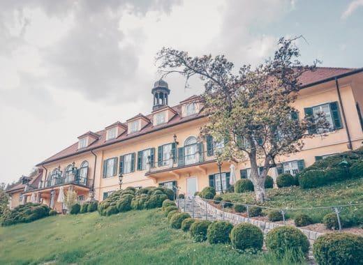 Aiola im Schloss